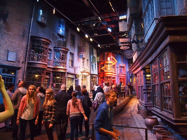 What to Expect From a Free Harry Potter Tour