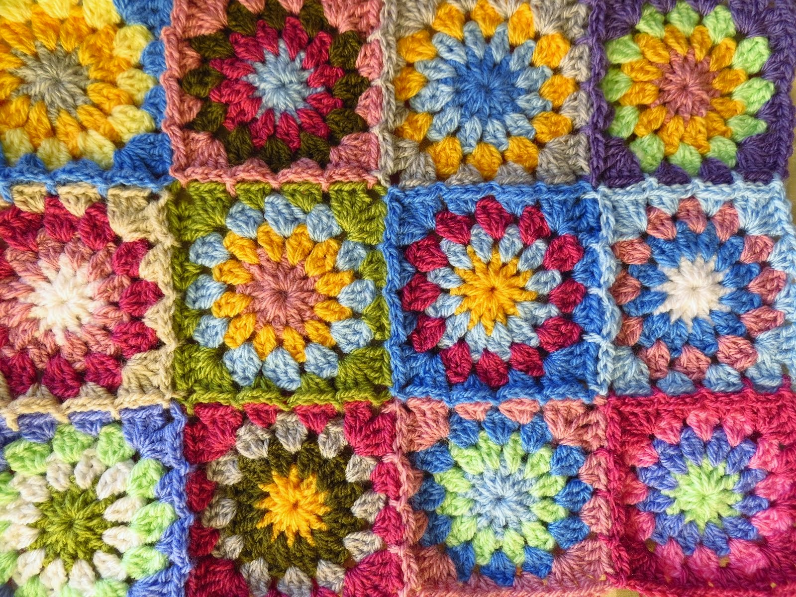 Little Sunburst Square