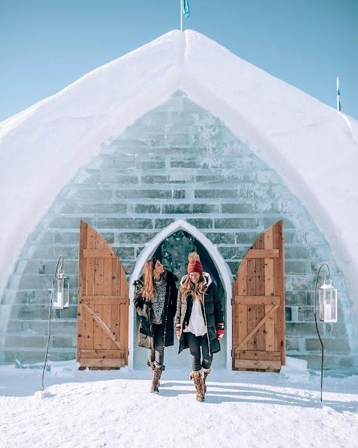 Khách sạn này chính là nơi đạo diễn của bộ phim hoạt hình siêu nổi tiếng Frozen (Nữ hoàng băng giá) là Chris Buck và Jennifer Lee đã ghé thăm để lấy ý tưởng trước khi bộ phim được phát hành. Bên cạnh đó, khi Frozen được công chiếu, khách sạn này còn hợp tác với hãng Walt Disney để tổ chức một buổi họp báo vào năm 2013.