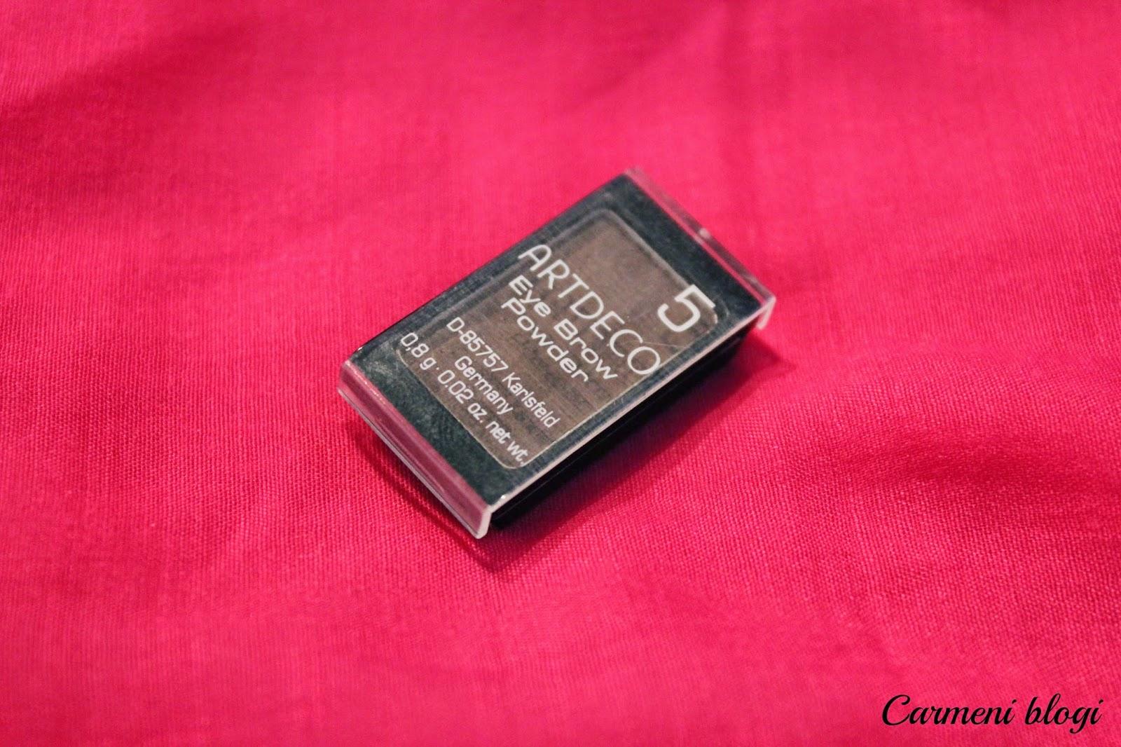 8c9cceec1f0 Selle pigment on väga tugev ja kiirelt saab sellega endale ideaalsed  kulmud. Lisaks on toode nii hea hinnaga! Kandsin seda kunagi peale Real  Techniques'i ...