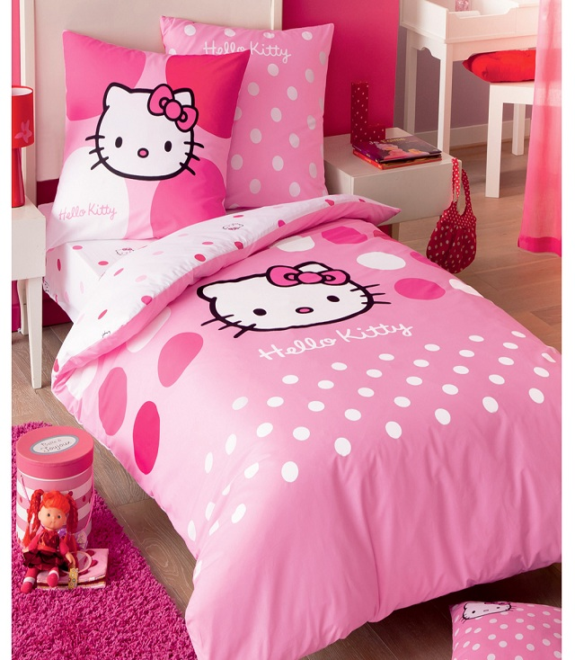 chambre fille hello kitty b b et d coration chambre. Black Bedroom Furniture Sets. Home Design Ideas