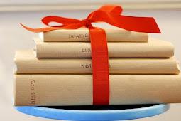 Buku, Hadiah Terindah