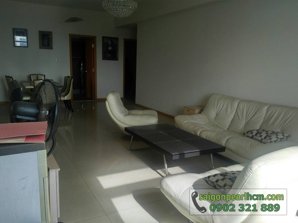 Bán Saigon Pearl Ruby2 122m2 tầng cao 3PN - sofa phòng khách