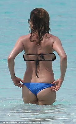 Jennifer Aniston Bikini Pregnant