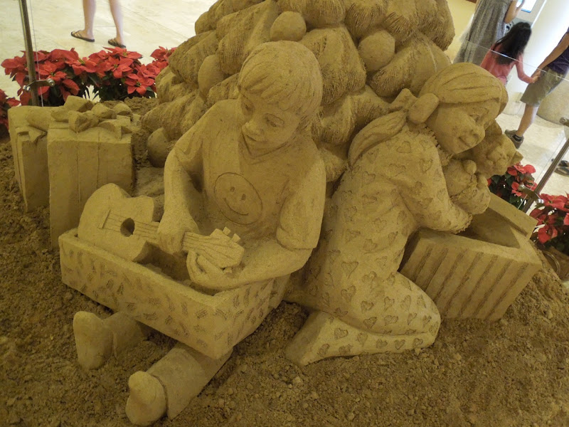 Festive Hawaiian sand sculpture