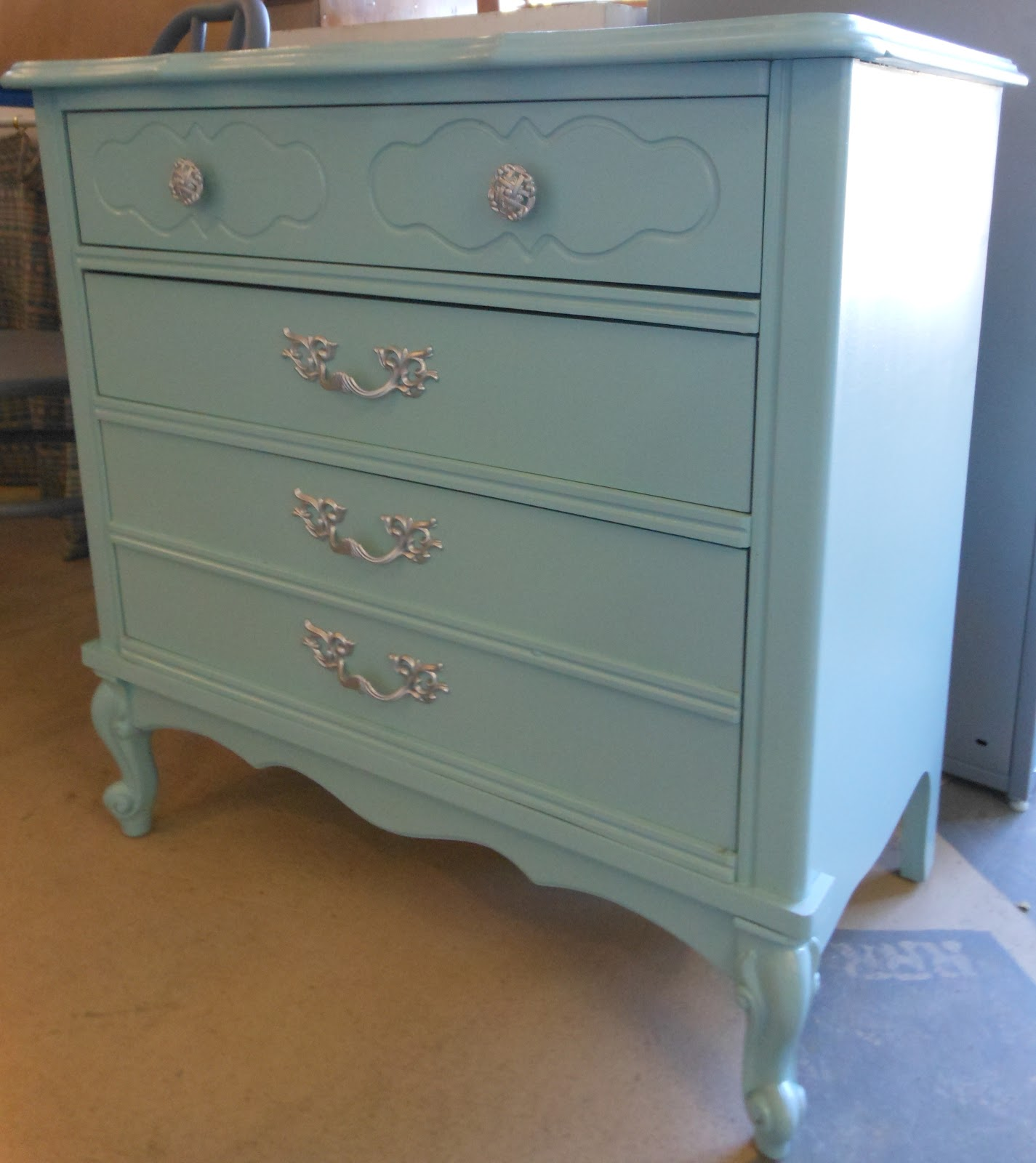 Red Rock Rose: Our GIRLY GLAM Furniture Will Make Great