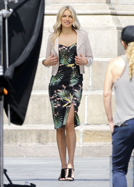 Jessica Hart – Doing a Photoshoot in New York City