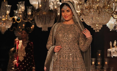 kareena-to-be-anita-dongres-showstopper-at-lfw-finale