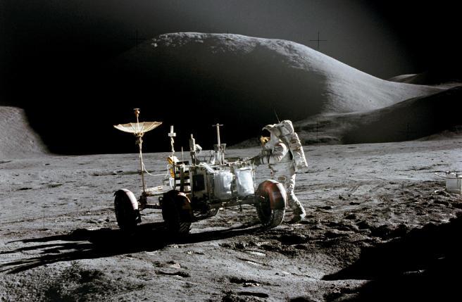 Sono mai stati sulla Luna gli americani? La prova definitiva arriva dalla Cina