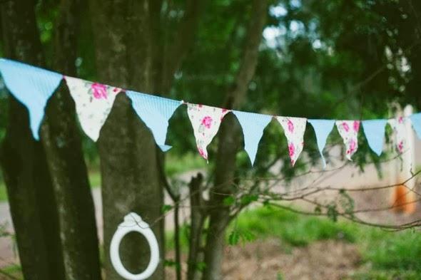 book-externo-bodas-papel-cenario-lindo-bandeirinhas