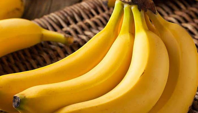 توقعات بانخفاض سعره إلى 250 ليرة بعد البدء بمنح إجازات استيراد الموز اللبناني.