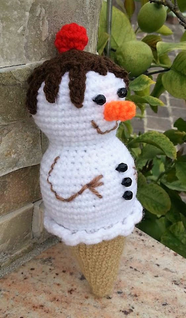 Ice Cream Snowman crochet pattern | Christmas crochet patterns ... | 640x375