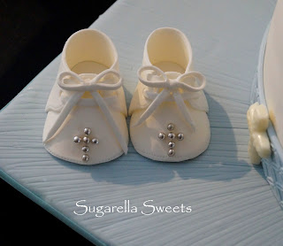 Here Is My Step By Baby Boy Shoe Cake Topper Tutorial Followed A Video For Better Visual Perfect Christening Or Baptism Cakes This