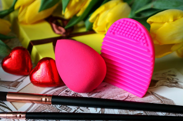 Zaful Beauty Blender Brush Egg