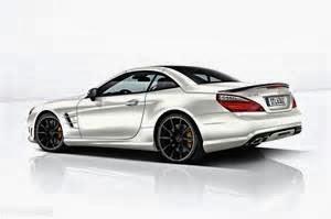 The CL 63 AMG adalah puncak dari Mercedes-AMG Jenis 2006 gagasan selama ini, yang terhitung sepuluh jenis performa tinggi semua-baru AMG sudah hingga saat ini. Di jantung jenis unggulan delapan silinder yaitu AMG mesin V8 6. 3-liter.