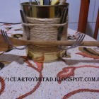 http://1cuartoymitad.blogspot.com.es/2015/03/bote-para-cubiertos-empaquetado-bonito.html