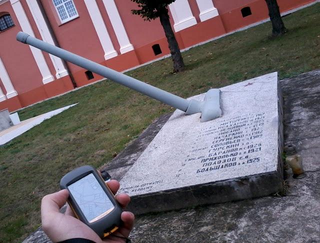 Lufa przed kościołem