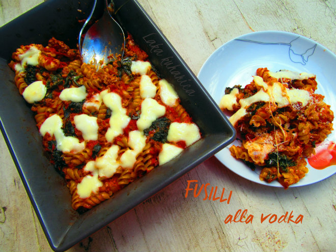 Fusilli alla vodka by Laka kuharica: pasta smothered in creamy vodka sauce.