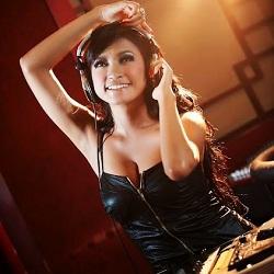 DJ Amel Alvi