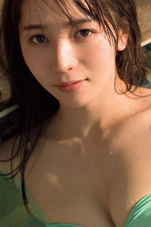 Erika Den'ya 傳谷英里香, Weekly Playboy 2018 No.18 (週刊プレイボーイ 2018年18号)
