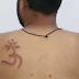 بھارتی مسلمان پر مذہب کی جبری تبدیلی کیلیے بہیمانہ تشدد، پشت پر دیوتا کا نام گاڑ دیا