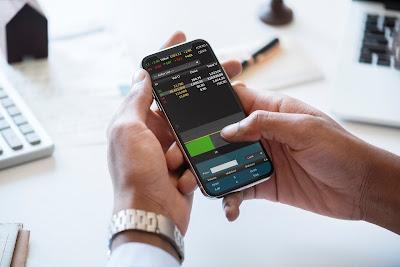 4 Tips Cerdas Memilih Aplikasi Saham Terbaik agar Tidak Menyesal