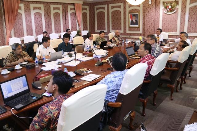 Menteri Asman Pimpin Rapat Panselnas CPNS