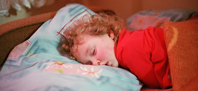 The Easy Way to Make Your Child Sleep Well
