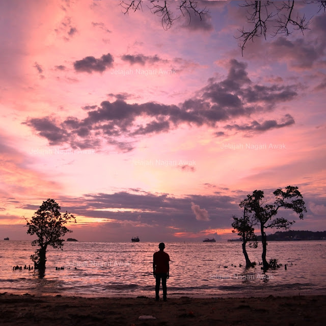 Pantai Nirwana Padang
