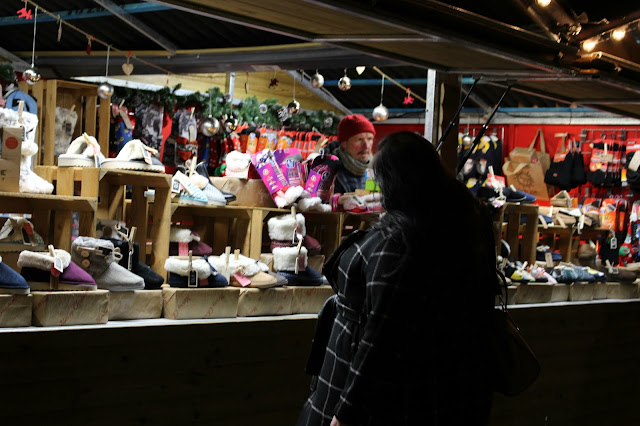 liverpool christmas markets, slippers, sabrebeauty