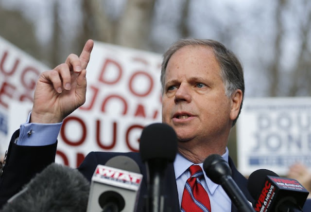 Democrat Doug Jones wins election of US