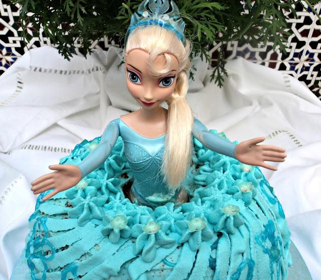 tarta-vestido-muñeca-frozen-cara