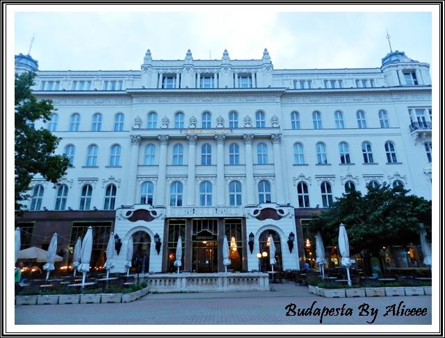 Ungaria-Budapesta-centru-istoric-cladire-primarie