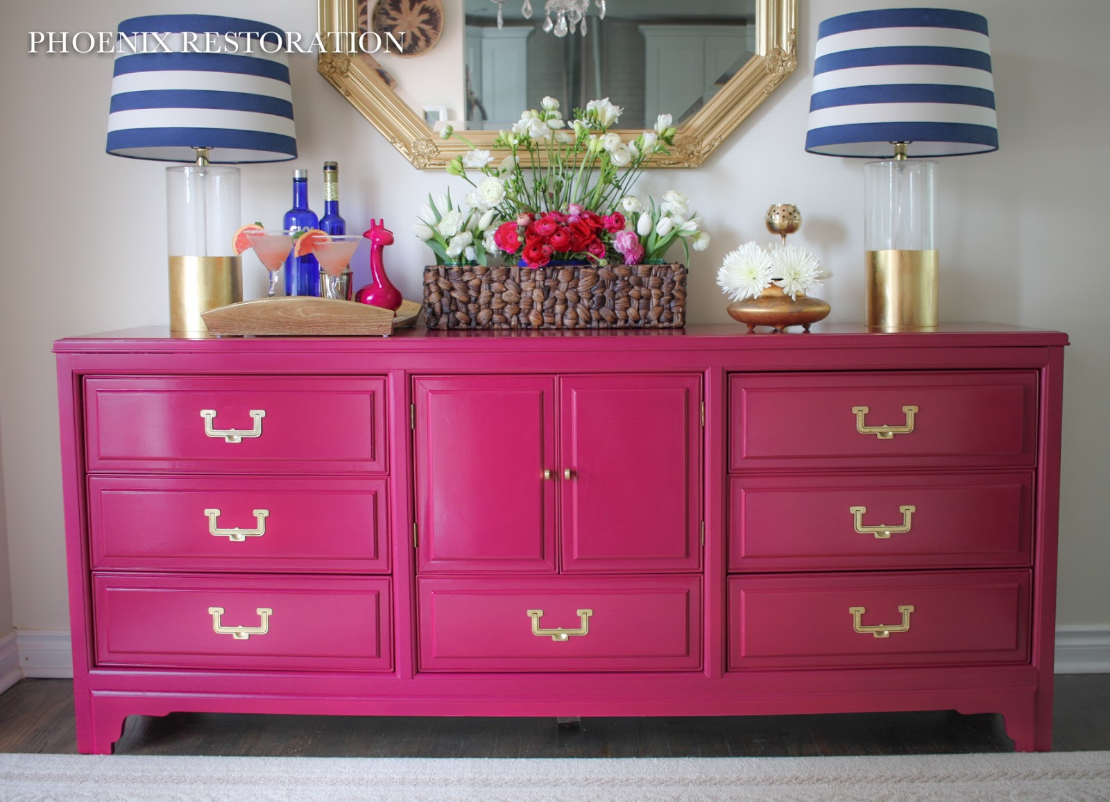 Someone Has Created A Great Look With This Hot Pink Chair And Grouping Of  Tropical And Chinoiserie Pillows.