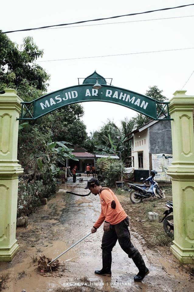 PKS di desa Sirnuboyo, Pacitan, Jumat (1/12/2017)