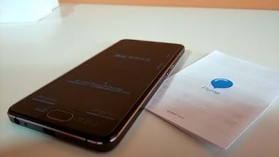 Spesifikasi Meizu U10   Dari segi desain, Meizu U10 memiliki tampilan yang cukup menarik, smartphone ini memiliki ukuran panjang 141,9 mm, lebar 69,6 mm dengan ketebalan 7,9 mm, penampilannya di percantik dengan frame yang dilapisi material metal serta diperindah dengan 4 pilihan warna yakni White Crescent, Sky Black, Champagne Gold dan Rose Gold.  Sedangkan di bagian layar, Meizu U10 mengusung layar 2.5D Curved Glass sehingga penampilannya semakin mewah, menggunakan panel layar IPS LCD capacitive touchscreen berukuran 5 inch yang memiliki resolusi HD 720 x 1280 pixel dengan kepadatan ~294 ppi, selain itu ponsel android ini menerapkan Flyme 5.1 sebagai tampilan antarmuka.  Di sektor fotografi, Meizu U10 dibekali kamera belakang berkekuatan 13 megapixel dengan aperture f/2.2, memiliki fitur Phase detection autofocus yang mampu mempercepat proses penguncian focus pada suatu objek, serta didukung dengan dual LED flash untuk membantu memaksimalkan pencahayaan, selain itu kamera ini memiliki kemampuan merekam video dengan kualitas HD, sedangkan kamera depannya membawa lensa 5 megapixel yang akan menunjang aktifitas foto selfie.  Kelebihan  Memiliki tampilan sangat elegan dan stylish serta body frame metal Konektivitas 4G LTE yang sangat support untuk akses internet sangat cepat Memiliki futur Fingerprint scaner untuk menambah tingkat keamanan Layar cukup besar dengan 5 inchi, resolusi full HD 1080p yang sangat nyaman untuk dioprasikan cukup dengan satu tangan Android OS v6.0 Marshmallow yang membuat tampilan layar lebih intuitif dan sangat memudahkan pengaturan sesuai keinginan anda Prosesor cepat dengan Octa-core 1.5GHz, Chip Mediatek MT6750 yang mampu memberi performa sangat lancar Kamera utama 13MP, autofocus, dual-LED flash yang sangat mendukung untuk mengabadikan momen fotografi anda disetiap waktu Kamera depan dengan 5MP sangat siupport untuk foto selfie dan video call Didukung dengan kapasitas penyimpanan memory internal dengan varian 16/32 GB, 2/3GB RAM Kapasitas