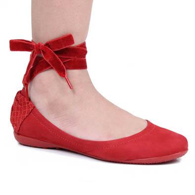 7a0934da3f E depois de incansáveis buscas atrás da sapatilha ideal pro casório  (detalhe  procuro desde o ano passado!!)