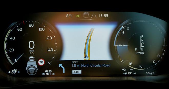 Volvo XC60 T8 digital instrument cluster