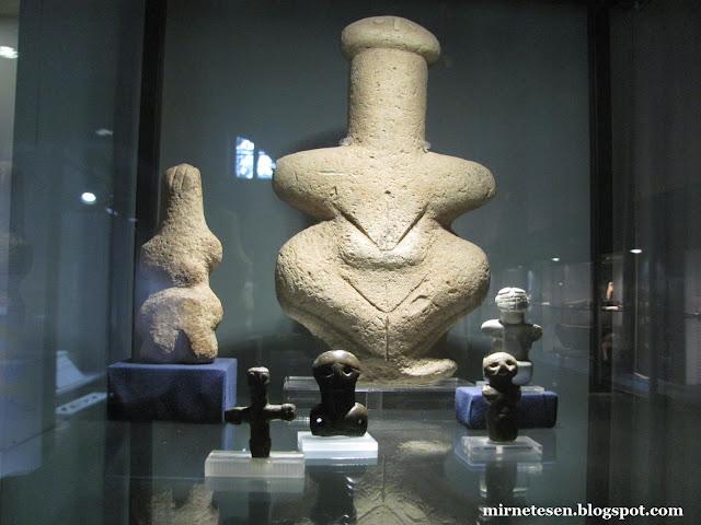 Археологический музей Кипра - древние фаллические фигурки