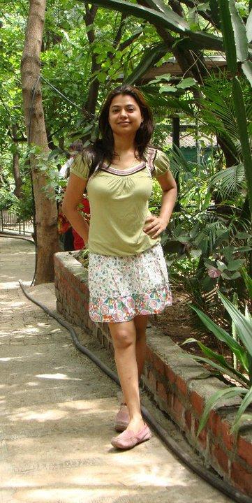 Desi Girl Image Wallpaper Indian Bangladeshi Pakistani Hot Cute Beautiful Desi Girls