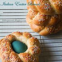 http://www.bakingsecrets.lt/2014/04/italian-easter-bread-italiska-velyku.html