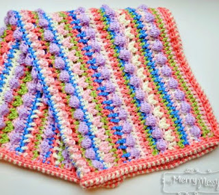 http://mymerrymessylife.com/2013/12/sugar-love-baby-blanket-free-crochet-pattern.html