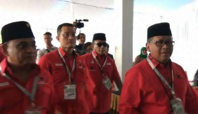 Tak Temani Hasto Daftar ke KPU, Megawati ke Belgia