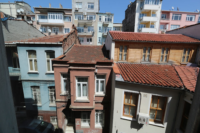 Imagine how cramped the spaces between the houses in Sultanahmet, Istanbul, Turkey