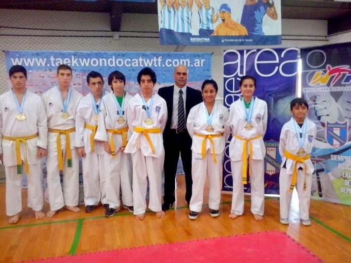 0b7c2e8533a6 Postales de San Isidro  Once medallas de oro para taekwondistas de ...