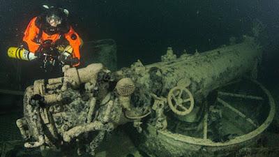 destructor ruso 'Ispolnítelny' en el fondo del mar