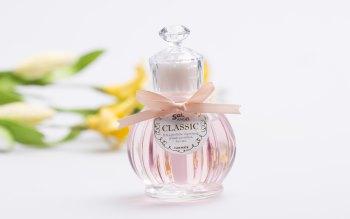 Wallpaper: Perfume