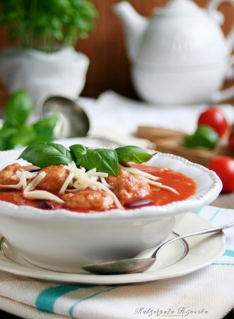 pomidorówka, pomidorowa z makaronem, z pomidorów, zupa, obiad, daylicooking
