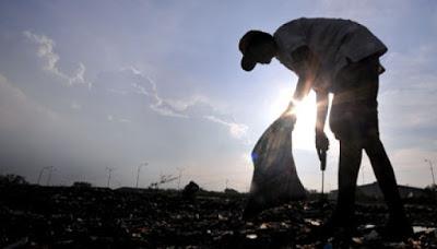 Obrolanku Dengan Bapak Pemulung di Jakarta