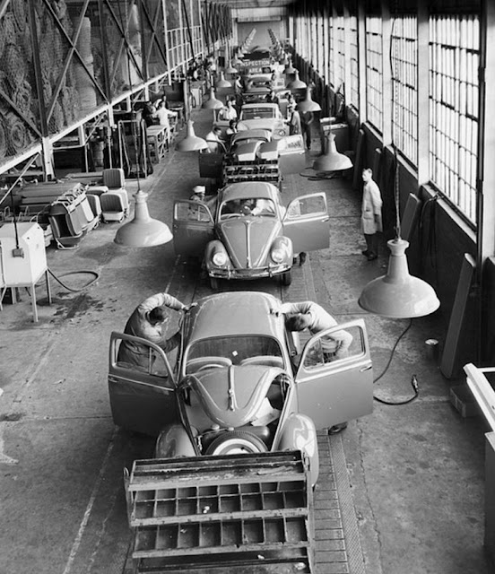 Just A Car Guy A Studebaker In A Vw Bug Assembly Line